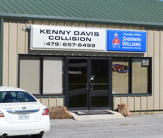 Kenny Davis Collision